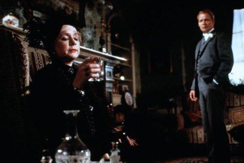 Poirot: Rendezvous mit einer Leiche - 4